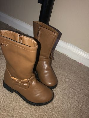Girls winter boots for Sale in Groveport, OH