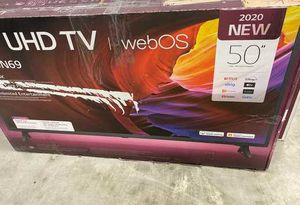 Lg web is 50 inch tv 👍🏽👍🏽👍🏽👍🏽 Z9X for Sale in Los Angeles, CA