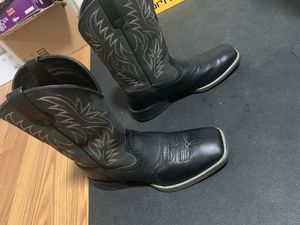 Ariat cowboy boots for Sale in Sacramento, CA