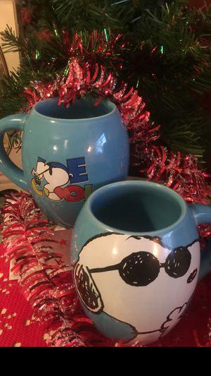 "Snoopy "" Joe Cool Coffee Cups ^* great gift pristine "" ^*I ship for Sale in Northfield, OH"