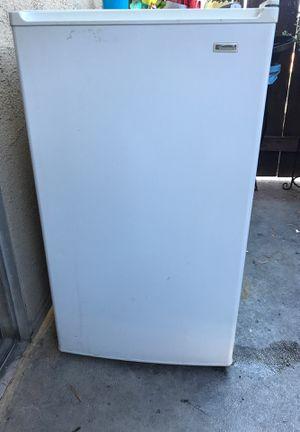Kenmore mini fridge for Sale in Anaheim, CA