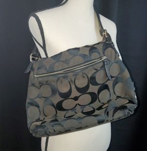 Coach handbag #F15067 for Sale in Copley, OH