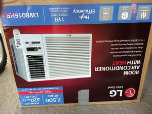 LG air conditioner/heater works great in excellent condition for Sale in Moreno Valley, CA
