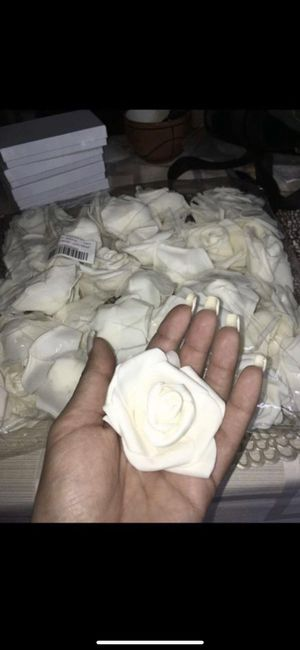 125 pcs head flowers for wedding decoration and event decoration for Sale in Miami, FL