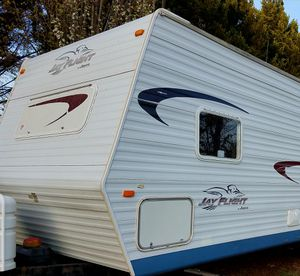 06 Jayco 28ft Camper for Sale in Holden Beach, NC