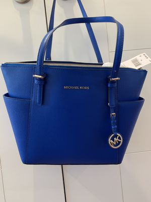 Michael kors purse for women for Sale in SeaTac, WA