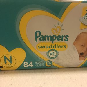 Newborn diapers (Pampers) for Sale in Phoenix, AZ