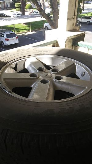 5 Jeep wheels wit tiers for Sale in Sacramento, CA