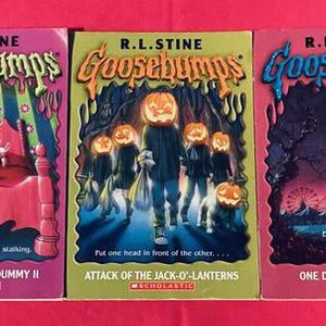 Lot of 3 Scholastic Goosebumps books Horrorland Living Dummy Jack-O-Lanterns for Sale in Phoenix, AZ