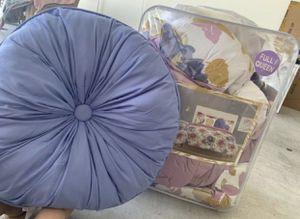 Full/Queen comforter set for girl for Sale in Las Vegas, NV