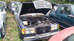 Mercedes 300d turbo diesel for Sale in Hyattsville, MD