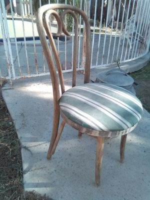 Antique decorative chair for Sale in Shafter, CA