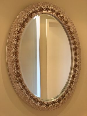 Oval Wall Mirror for Sale in Los Angeles, CA