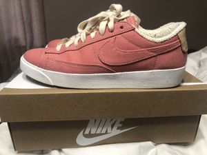 Women's Nikes for Sale in Cleveland, TN
