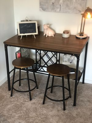 Dining table with wine rack for Sale in Garfield, NJ