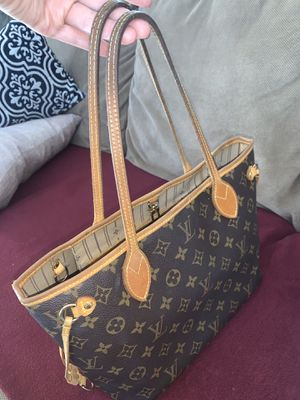 Louis Vuitton neverfull for Sale in Riverside, CA