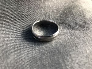 Kay jewelers mens 10k white gold wedding ring size 10 for Sale in Chandler, AZ