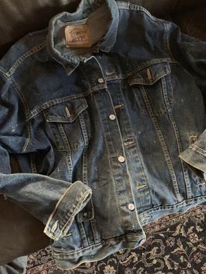 Vintage LEVIS Made in USA Jean Jacket Size XL for Sale in Phoenix, AZ
