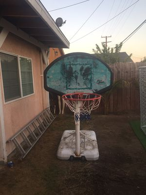 Pool basketball ball hoop / court used just need to be clean $40 firm for Sale in Norwalk, CA