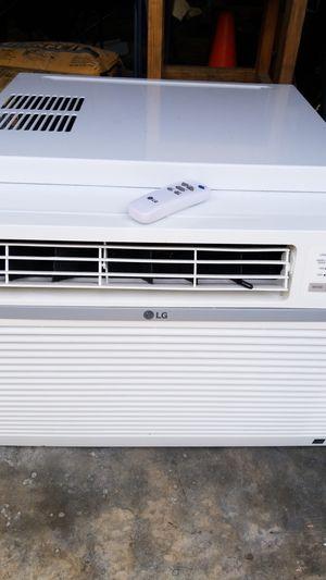 LG 15,000 Btu/h window unit AC for Sale in Houston, TX