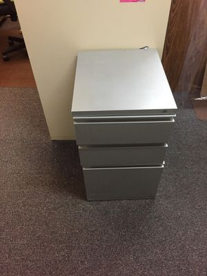 Heavy duty 3 draw file cabinet for Sale in North Andover, MA
