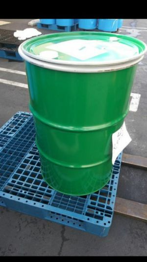 55 Metal Gallon Drums Wit Lid and lock on it perfect 2 save Dog Food, Water 4 an emergency or Make BBQ grills Smokers ext??...$25 for Sale in Pomona, CA