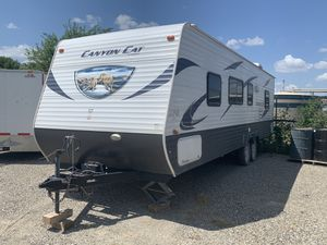 2014 28' Travel Trailer double queen beds for Sale in Fort Worth, TX