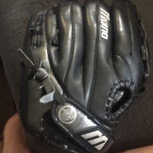 Baseball Glove for Sale in Burien, WA