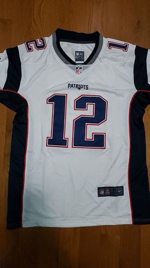 White Pateiot Jersey, Size M for Sale in Tyngsborough, MA