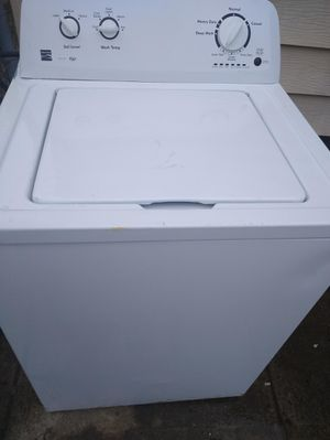 Kenmore washer broken for Sale in Cleveland, OH