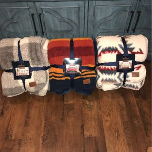 Pendleton Blankets - King for Sale in Torrance, CA