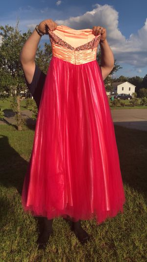 Prom dress for Sale in Biloxi, MS