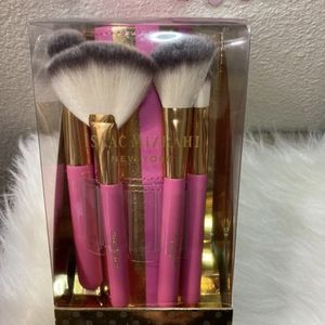 Makeup Brush Set With Holder for Sale in Williston, ND
