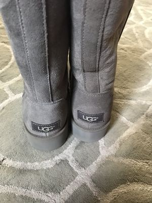 New UGG boots size 8 women for Sale in Mountain View, CA