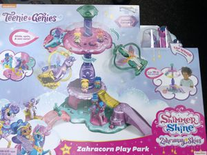 Shimmer and shine teenie genie play park for Sale in Tacoma, WA