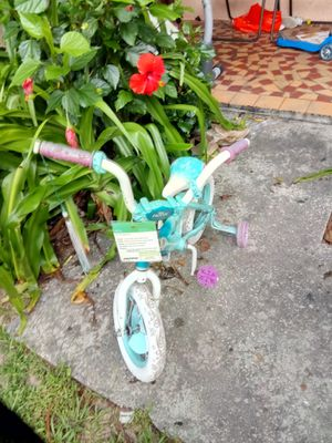 Kid bike for Sale in Haines City, FL