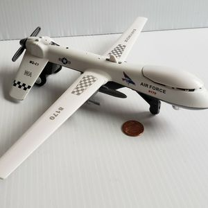 2017 Junye Toy Airforce 8170 Mattel MQ-CI Pull Back Jet Scale 1:41. for Sale in Mount Rainier, MD