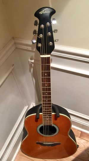 Great acoustic guitar! for Sale in Philadelphia, PA
