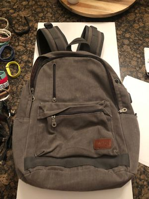 Backpack. With Charging Port. for Sale in Miami, FL