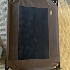 Large Elevated Dog Bed for Sale in Seattle, WA