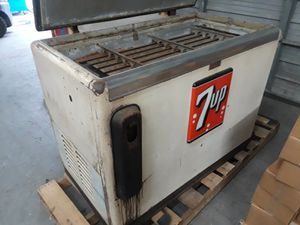 Vintage 7UP Cooler for Sale in Houston, TX