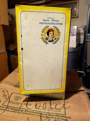 TOY. Snow White Refrigerator for Sale in New Carlisle, OH