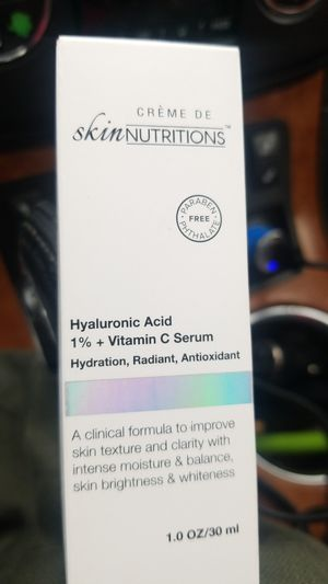 Hyaluronic acid and vitamin C serum for Sale in Bellevue, WA