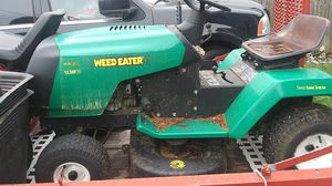 12.5hp weed eater ride on lawn mower for Sale in Weymouth, MA