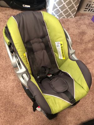 Infant car seat for Sale in Scott City, MO
