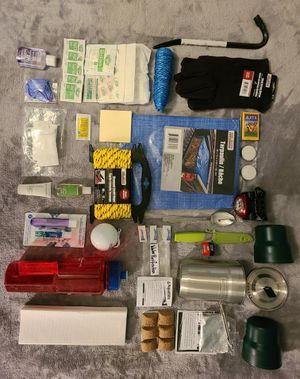 35+ PIECE EMERGENGY CAMPING HIKING TO GO BAG for Sale in Austin, TX
