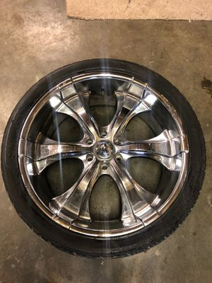 24 inch Chrome rims 6 lug American Racing Rims for Sale in Seattle, WA