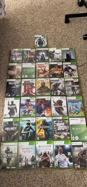 Xbox 360 and 33 games 32 game disc and one digital game for Sale in Dallas, TX