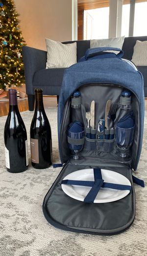 Picnic Backpack with Insulated Wine Compartment (Wine not Included) for Sale in Seattle, WA