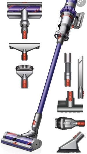 New in box Dyson V10 Vacuum for Sale in Seattle, WA